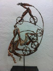 Los-ciclistas-940x1258
